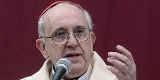 """El papa dice que """"la política facilita la corrupción"""""""