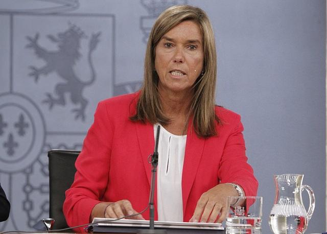 Ana Mato, imagen y fruto de la pobre y triste política española