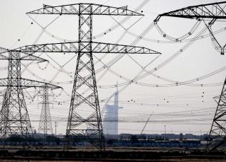Las eléctricas españolas y sus aliados políticos contra las baterías de Tesla y los ciudadanos