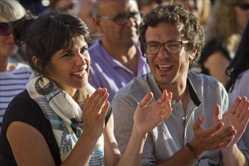 """Alcalde """"Kichi"""" y Teresa, jefa de Podemos en Andalucía"""