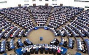 VOX renuncia a integrarse con la extrema derecha en el Parlamento Europeo y entrará en el Grupo de Conservadores y Reformistas Europeos