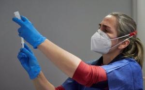 El caos de las vacunas debería ser el fin del gobierno de Sánchez