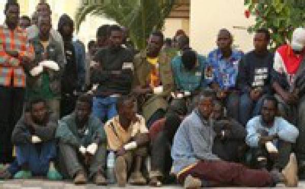 Un consuelo para la España desbordada: el inmigrante negro tiene calidad