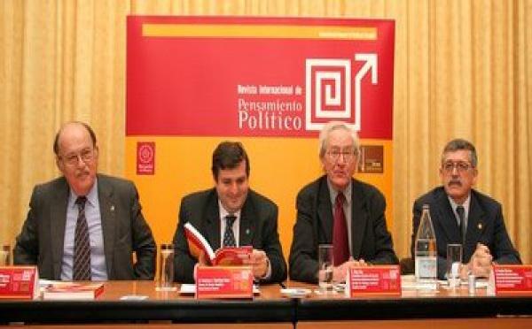 'Pensamiento Político' solvente contra el relativismo, la desconfianza y el declive del liderazgo