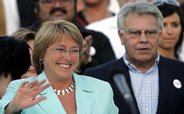Felipe González volvió a cautivar