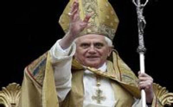 BENEDICTO XVI EN AUSCHWITZ