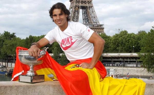 Rafael Nadal y Pedro Sánchez, dos extremos de España, rostros del bien y del mal